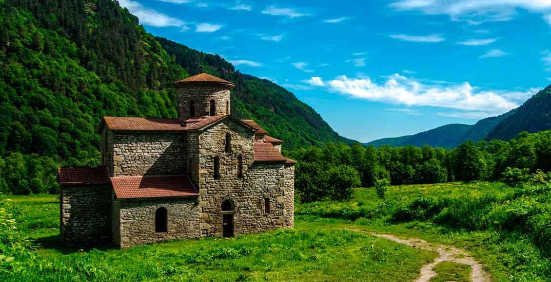 Средний храм, Нижне-Архызское городище.