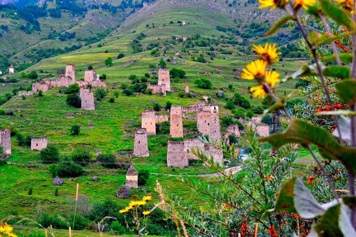 Башенный комплекс Эгикал, Горная Ингушетия.