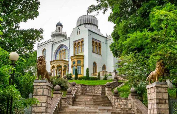 Дворец эмира Бухарского (санаторий им. Тельмана), г. Железноводск.