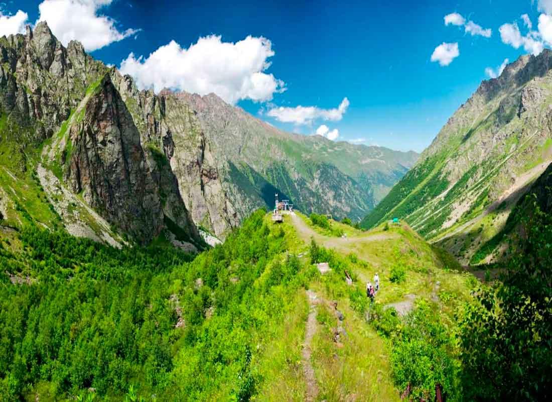 Цейское ущелье, Северная Осетия.
