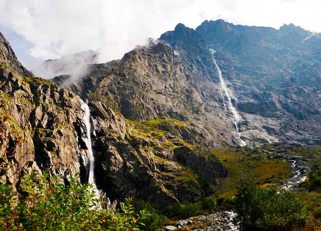 Мидаграбинские водопады.