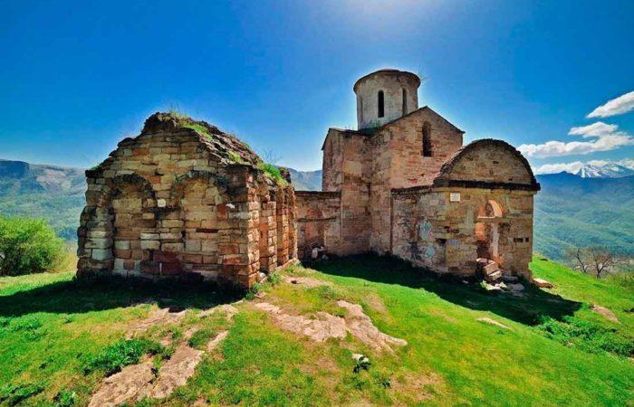 Сентинский и Шоанинский храмы, Крачаево-Черкессия.