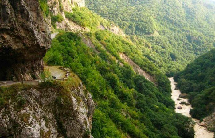 """Экскурсия """"Верхняя Балкария"""". Черекская теснина р. Черек."""