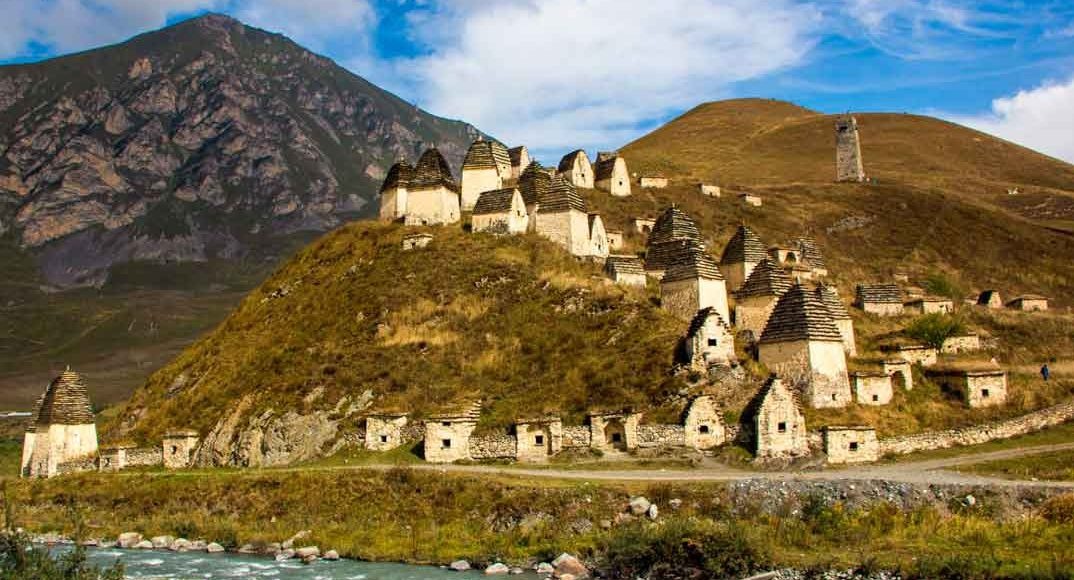 Некрополь в с. Даргавс, Северная Осетия-Алания.