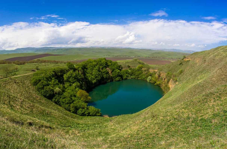 Озеро Шадхурей.