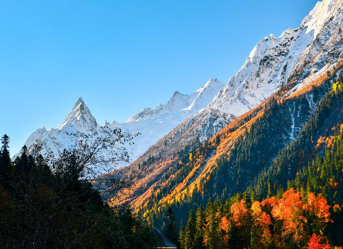 """Экскурсия """"Домбай"""". Гора Пик Инэ."""
