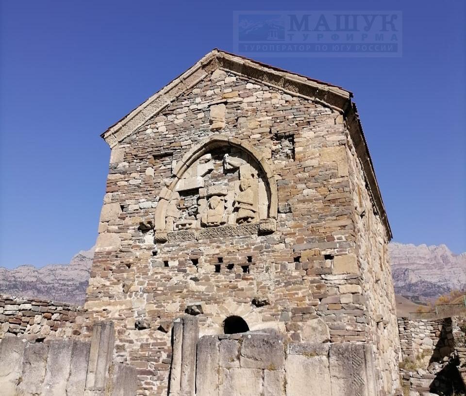 """Раннехристианский храм """"Тхаба-Ерды"""", Ингушетия"""