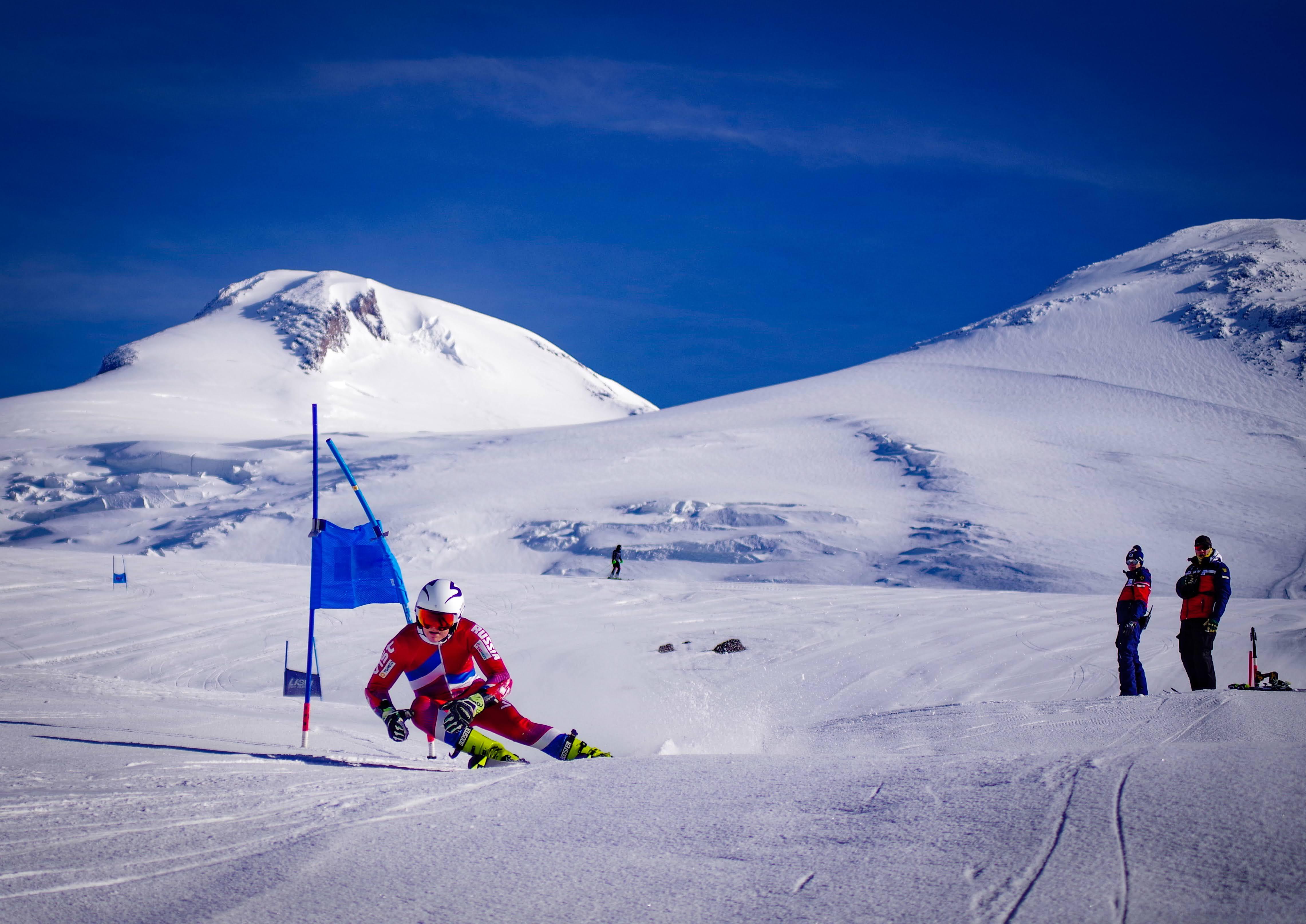 Чемпионат по горнолыжному спорту, Эльбрус